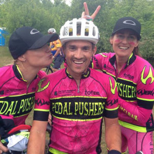 pedalpushers-mountain-bike-relay-guys