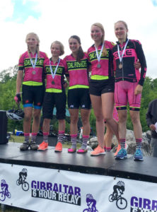 pedalpushers mountain bike relay junior girls team on the podium 2016