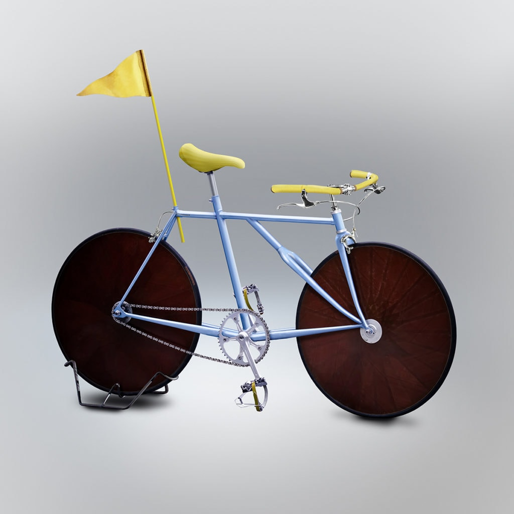 Velocipedia blue racing bike rendition