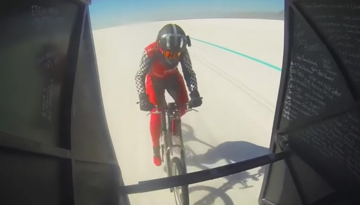 WORLD PACED BICYCLE LAND SPEED RECORD SMASHED BY MOM OF 3.